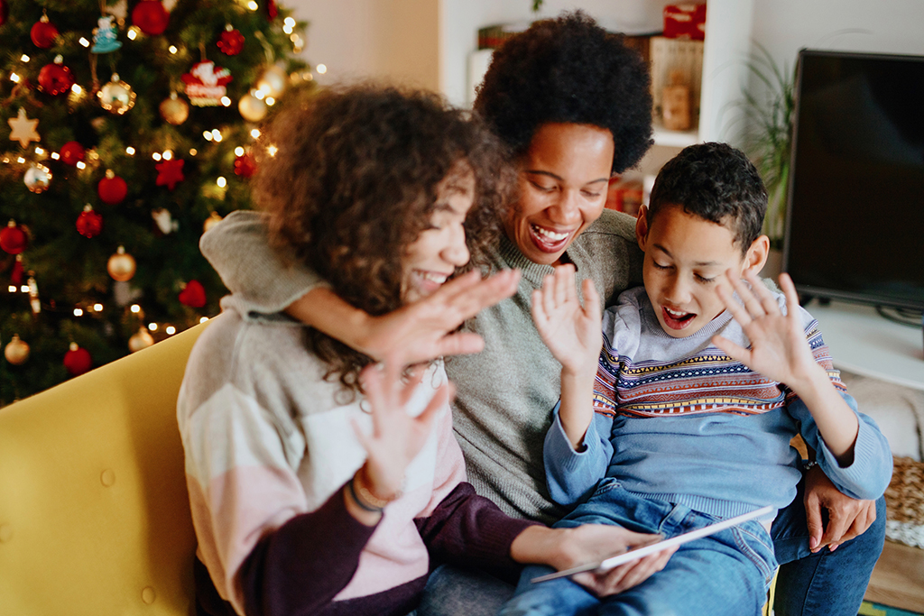 Fun Gifts to Connect with Family this Year